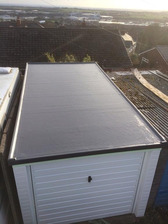 Гидроизоляция крыши гаража покрытая жидкой резиной